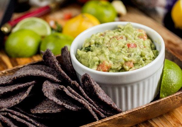 Simple but amazing guacamole recipe via veggiechick.com #vegan