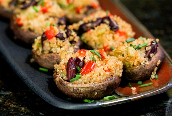 Red Beans & Quinoa Stuffed Mushrooms – I via veggiechick.com I #vegetarian #vegan #appetizers