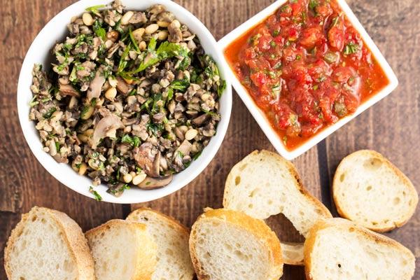 Super Easy Caper Tomato Bruschetta via veggiechick.com #vegan