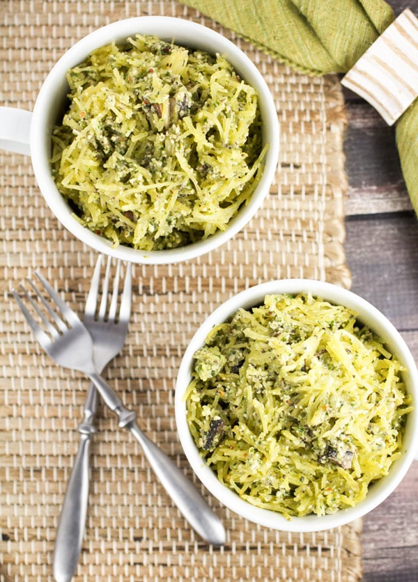Spaghetti Squash Alfredo with Portobello Mushrooms via veggiechick.com #vegan #glutenfree