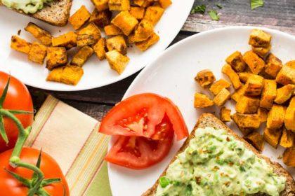 Avocado Toast w/ Sweet Potato Home Fries |via veggiechick.com #vegan
