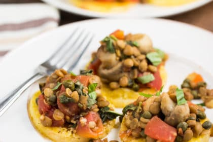 Easy Polenta Cakes with Lentil-Veggie Mix via veggiechick.com #vegan #glutenfree