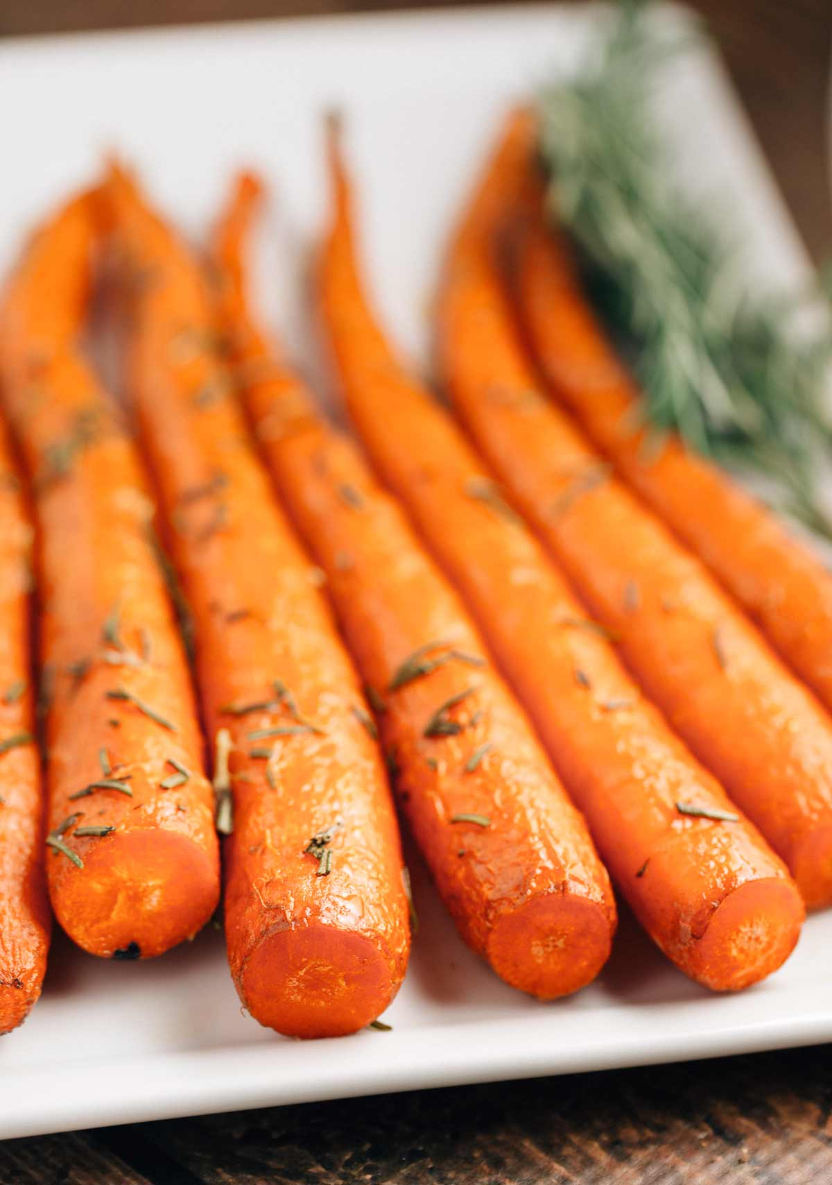 These Sweet Rosemary Roasted Carrots are incredibly easy to make and ...