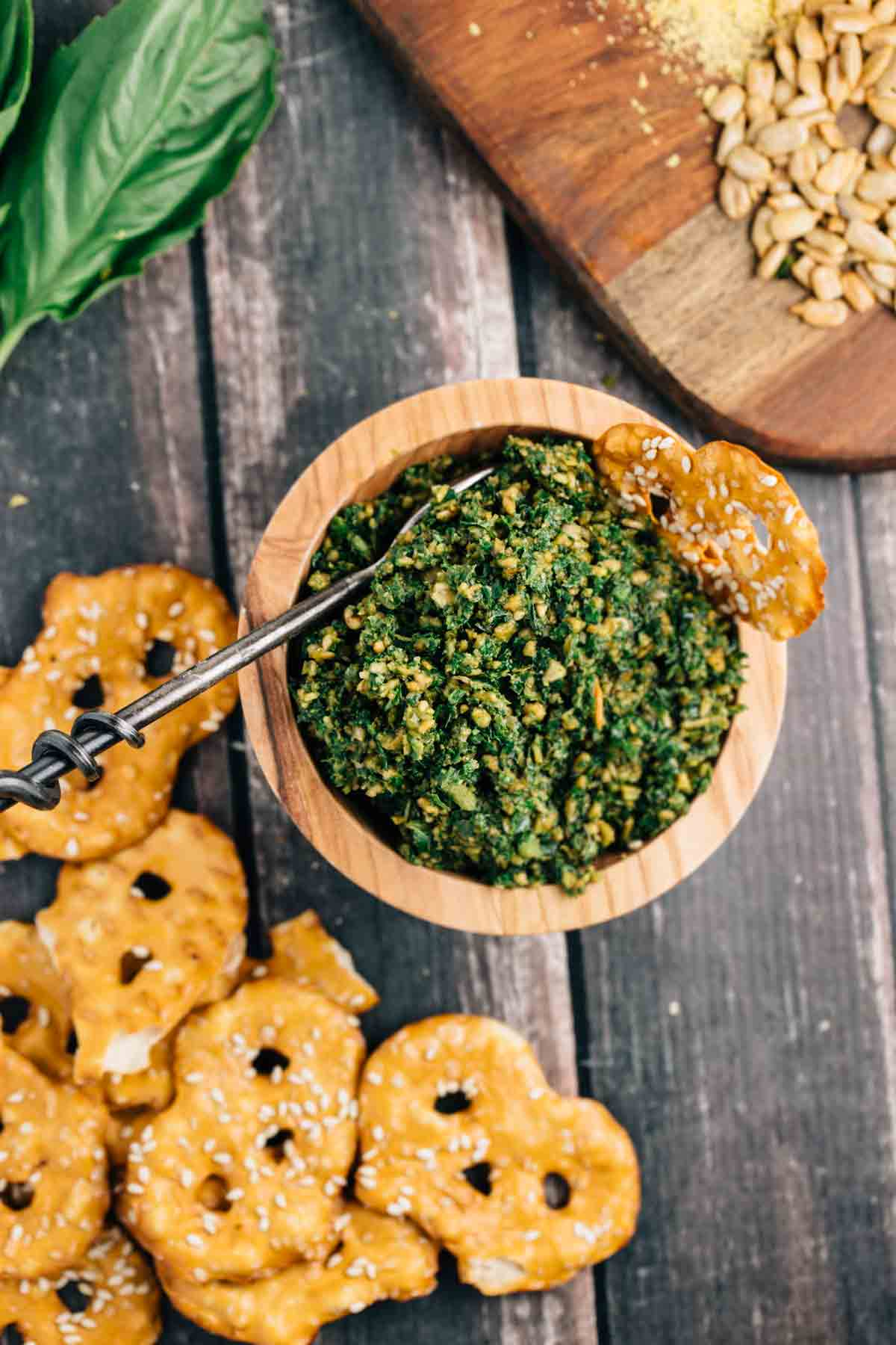 Kale & Sunflower Seed Pesto | via veggiechick.com #vegan #glutenfree