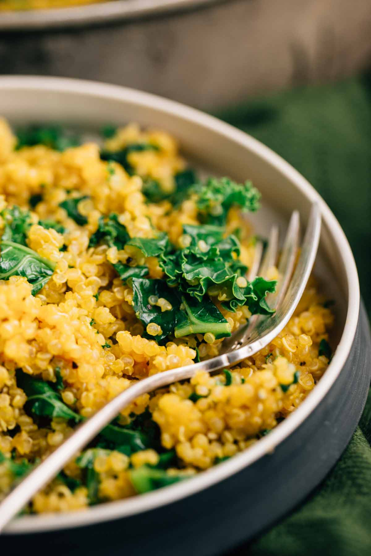 Simple Kale Quinoa | via veggiechick.com #vegan #glutenfree