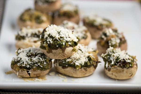 Pesto Stuffed Mushrooms | via veggiechick.com #vegan #oilfree