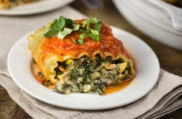 Vegan Lasagna Rolls | via veggiechick.com #vegan