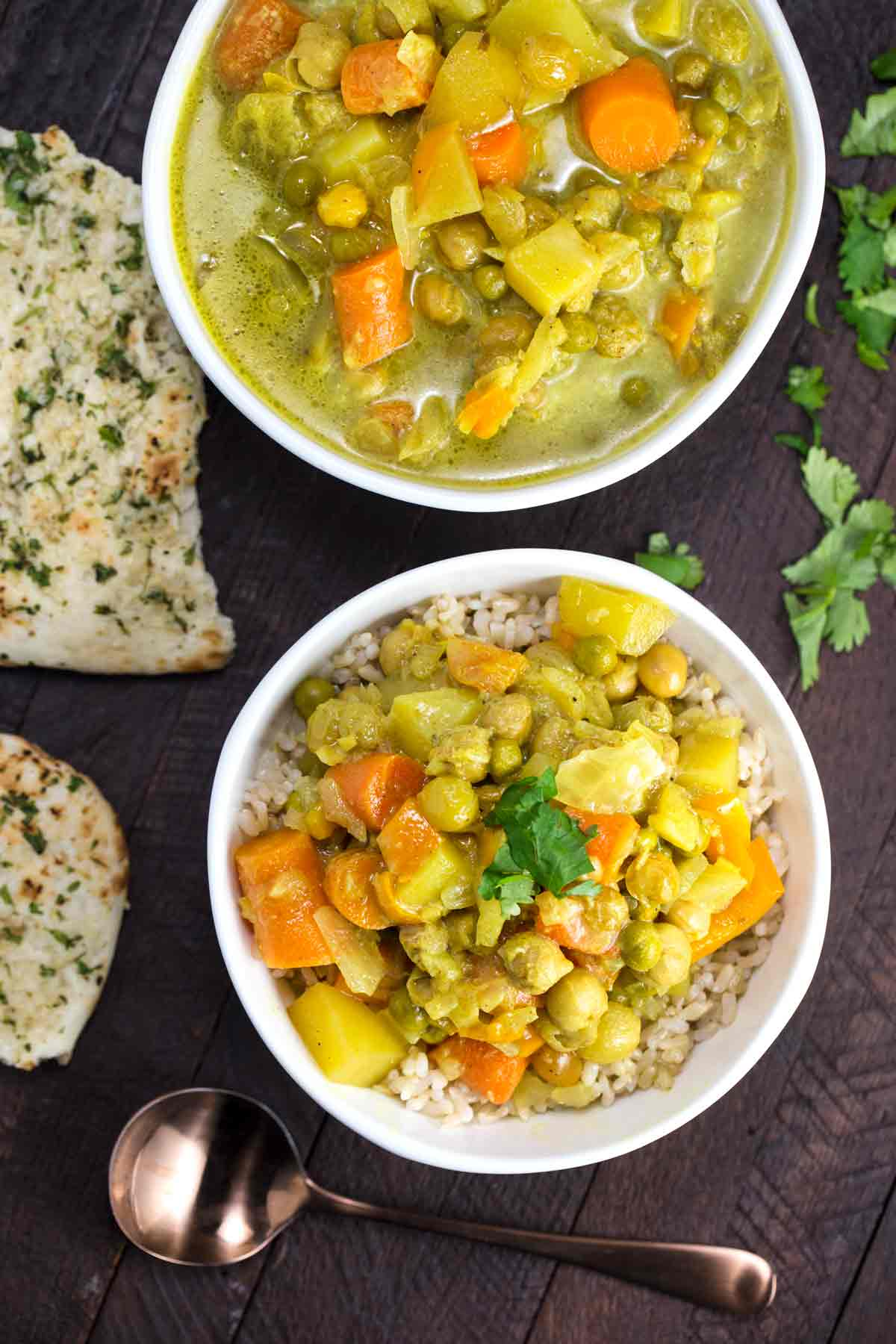 Slow Cooker Thai Yellow Curry | via veggiechick.com #vegan #glutenfree #oilfree