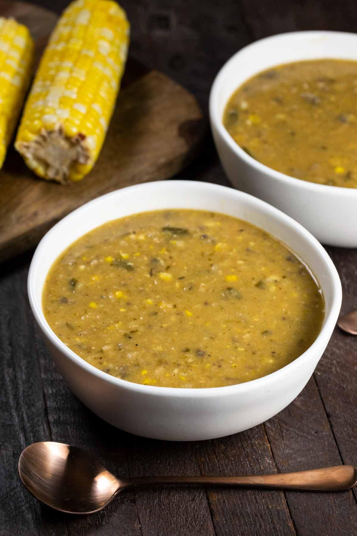 Instant Pot White Bean & Corn Soup   via veggiechick.com #oilfree #vegan