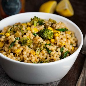 Roasted Corn Israeli Couscous | via veggiechick.com #vegan