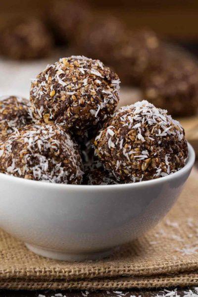 No-Bake-Chocolate-Coco-Energy-Bites