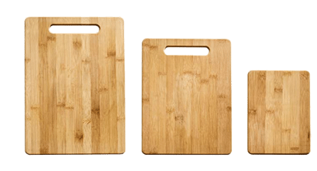 3 cutting boards of different sizes.